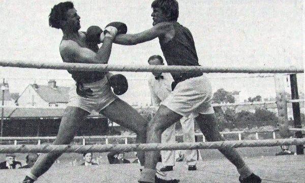 Boxing at the Royal Oak